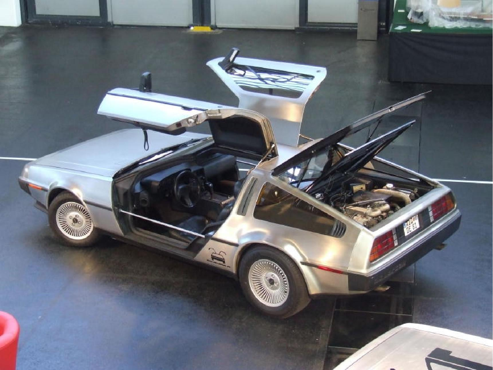 Delorean auf dem Messestand